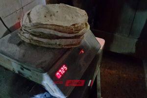 ضبط 12 مخالفة خبز ناقص الوزن وغير مطابق للمواصفات في حملة تموينية البحيرة
