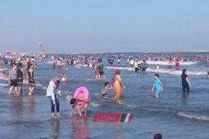 بالاسم إنقاذ شاب من الغرق في مياه البحر براس البر