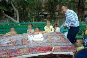 وكيل التضامن الإجتماعى بدمياط يشارك الاطفال اليتامى الإحتفال بعيد الفطر المبارك