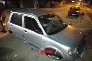 ننشر صور انقلاب سيارة ملاكي على طرق بورسعيد بدمياط وإصابة قائدها