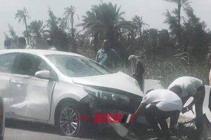 بالصور إصابة شخص جراء حادث تصادم بين 3 سيارات على طريق رأس البر بدمياط