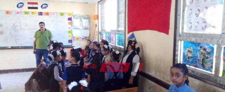رئيس محلية الزرقا بدمياط يتفقد مدارس المدينة ويكتشف عده سلبيات