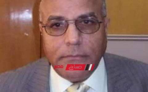 مصادر بمطار القاهرة تعلن وصول جثمان العالم المصري أبو بكر عبدالمنعم