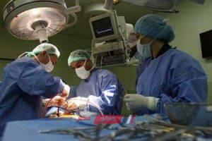 """إحالة طبيب للتحقيق بسبب نسيانه """"فوطة"""" في بطن سيدة عقب إجراء عملية ولادة"""