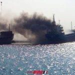 ننشر تفاصيل إندلاع النيران في سفينة فوسفات داخل ميناء دمياط والقوات البحرية تتدخل لإخماد الحريق
