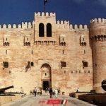 إزالة تعديات نادى فاروس عن قلعة قايتباى بحى الجمرك