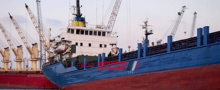 بالاسم والصور مصرع أحد أفراد طاقم سفينة داخل ميناء دمياط