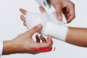 إصابة عامل بجرح قطعى أثناء مشاجرة مع صاحب محل بالإسكندرية