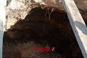 إصلاح هبوط أرضى بمنطقة المندرة في الإسكندرية