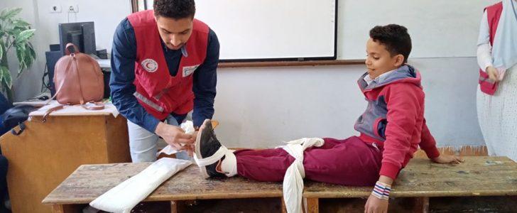 تدريب 100 طالب بمدارس دمياط على الإسعافات الأولية بإشراف الهلال الأحمر