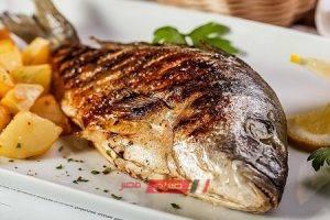 طريقة عمل صينية سمك دنيس بالبطاطس