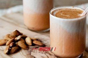 طريقة عمل مشروب الحليب الساخن باللوز