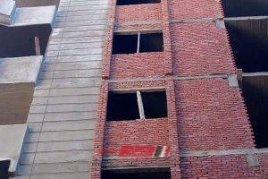 إيقاف أعمال عقارات مخالفة في حي شرق