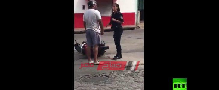 بالفيديو اعتداء رجل في وضح النهار على امرأة فجأة