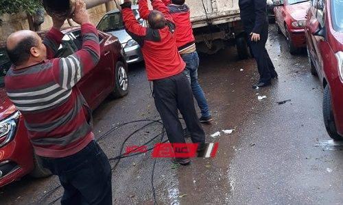 سقوط عامود إنارة بسبب الطقس السىء فى الإسكندرية