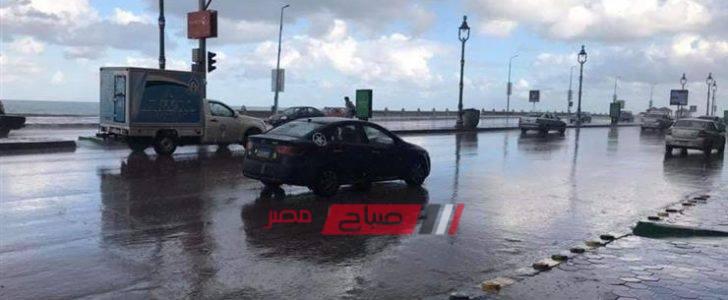الطقس في الإسكندرية الآن تساقط أمطار متوسطة منذ قليل على عدة مناطق