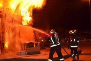 نشوب حريق داخل أحد المصانع في برج العرب غرب الإسكندرية