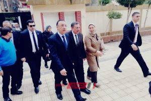 محافظ الإسكندرية يتفقد سير أول أيام امتحانات الشهادة الإعدادية