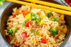 طريقة عمل أرز بالخضار للرجيم