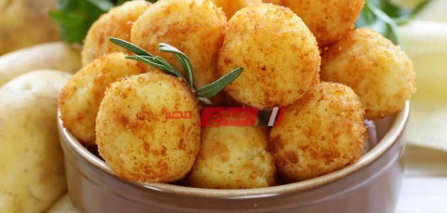 طريقة عمل كرات البطاطس المحمرة