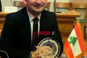 هيّاف ياسين يتسلم الجائزة العالمية للتأليف الموسيقي