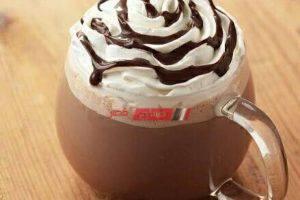طريقة عمل مشروب الشوكولاتة الساخنة بالفانيليا