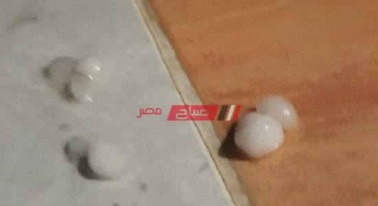 تساقط أمطار رعدية وثلوج على الإسكندرية الآن- صورة