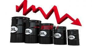 تراجع أسعار النفط لأقل مستوى لها منذ 18 عام
