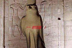 ما الدور الذي لعبه مجلس العشرة الكبار في مصر الفرعونية ؟