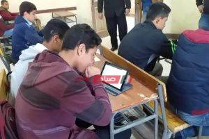 وزير التعليم ليس شرط استخدام تابلت الوزارة أو الشريحة لدخول الامتحانات