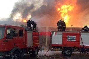 إندلاع حريق داخل جراج واحتراق 5 مركبات توك توك فى الإسكندرية
