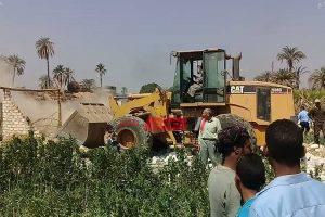 محافظ دمياط تعلن إزالة 6 حالات تعدي بالبناء على مساحة 1180 متر