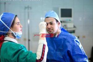 الحب أقوى من كورونا ..خطوبة طبيبين في غرفة العمليات بالمنصورة