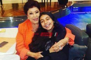 رسالة مؤثرة من حفيدة الفنانة القديرة رجاء الجداوي إلى جدتها بعد وفاتها