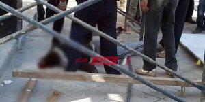 سقوط عامل بناء من أعلى سقالة