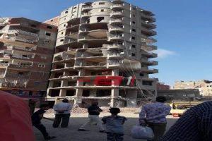 محافظة الإسكندرية: هدم عقار مخالف من 11 دور بحى شرق