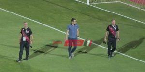 فايلر يستطلع أرضية ملعب الأهلي