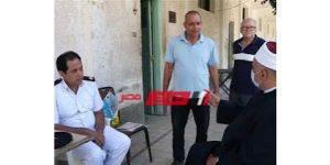 الشيخ محمد خشبة وكيل وزارة الأوقاف بالإسكندرية يقوم بجوله داخل الانتخابات