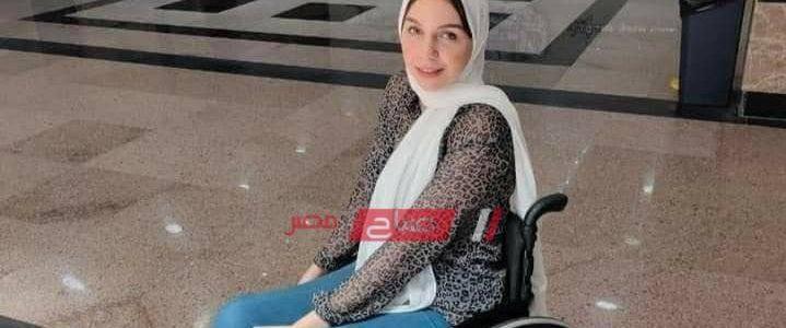 """""""نفسي اكون دكتورة"""" من الإعاقة للحصول على 97% في الثانوية العامة حكاية الطالبة المتفوقة أميرة درويش بدمياط"""