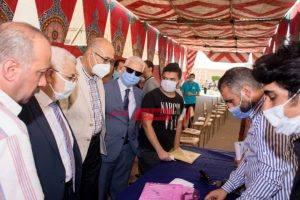 جامعة طنطا تجري الكشف الطبي على الطلاب المستجدين بكليتى الطب والصيدلة