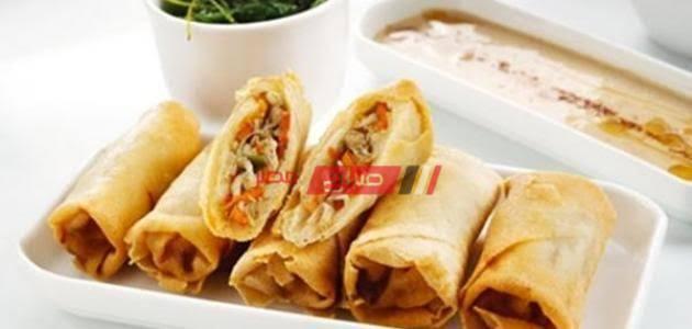 طريقة عمل صينية الجلاش بالجبن الشيدر والرومي والبسطرمة والزيتون